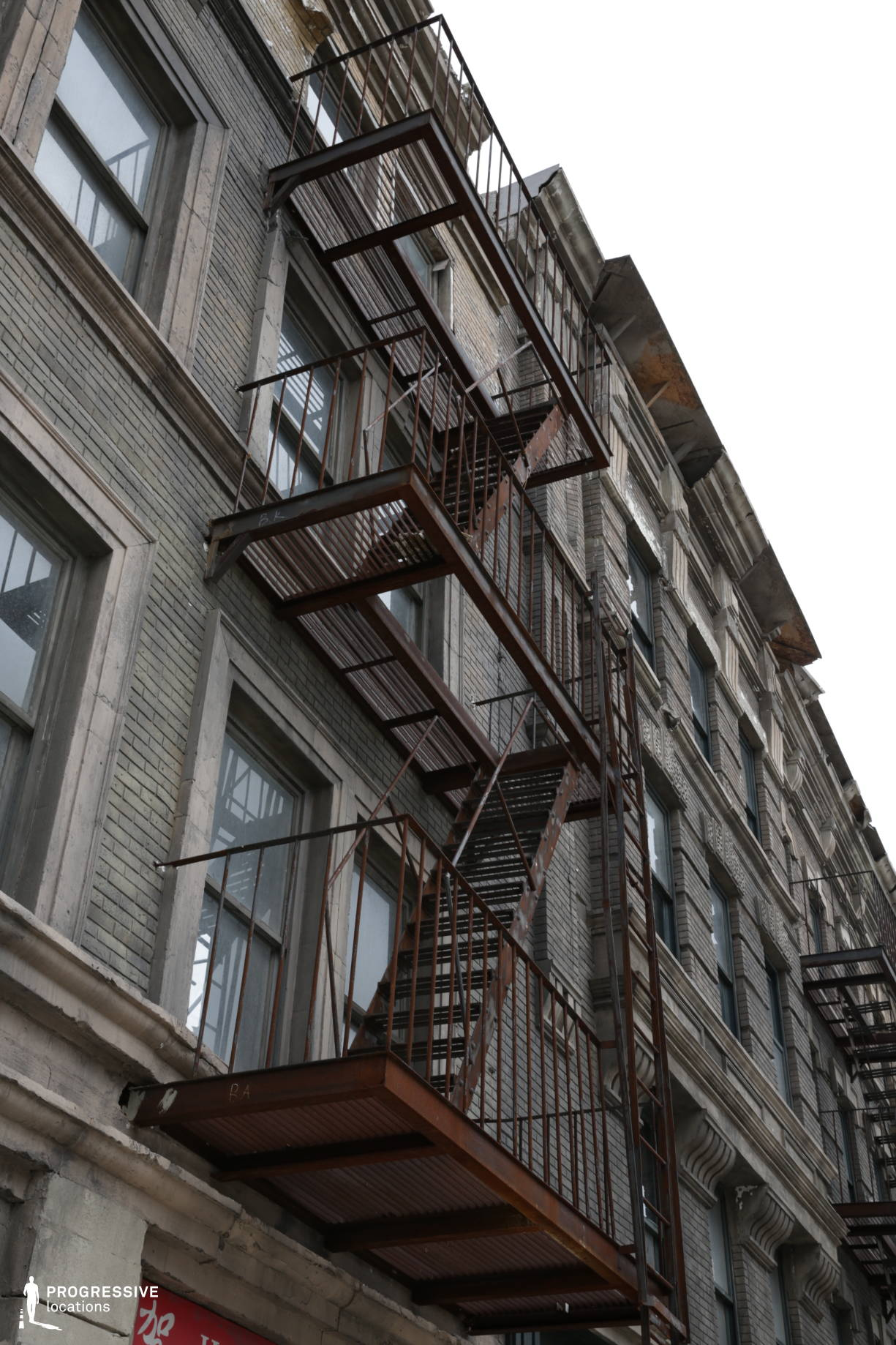 New York Street Backlot: Fire Escape