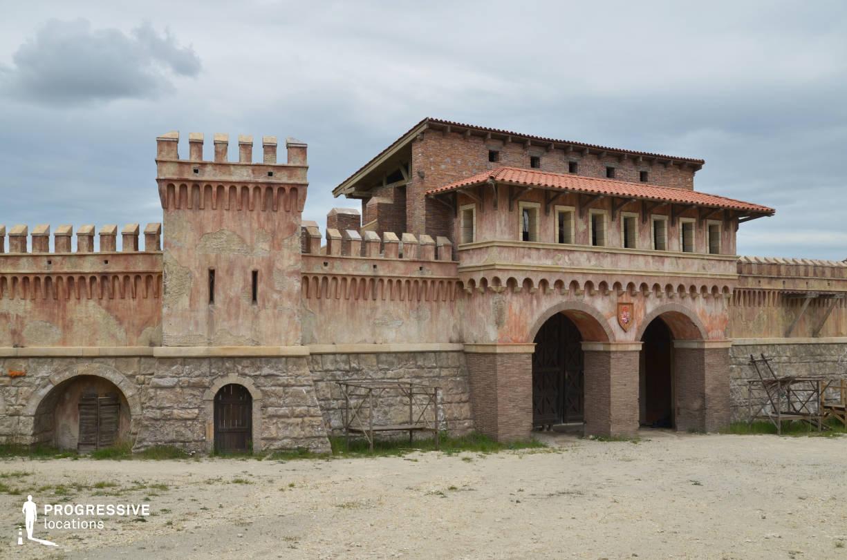 Renaissance City Backlot: City Wall Gate