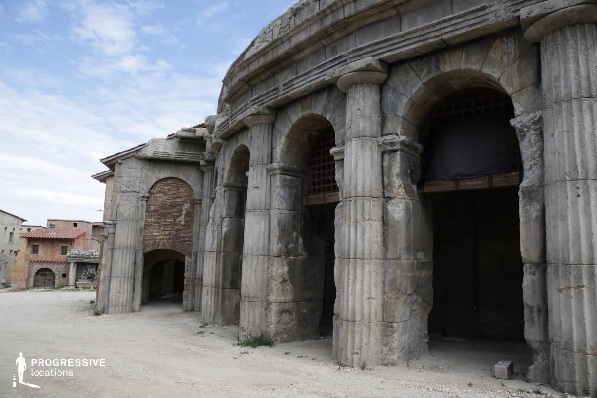 Renaissance City Backlot: Colosseum Arena, Arcade