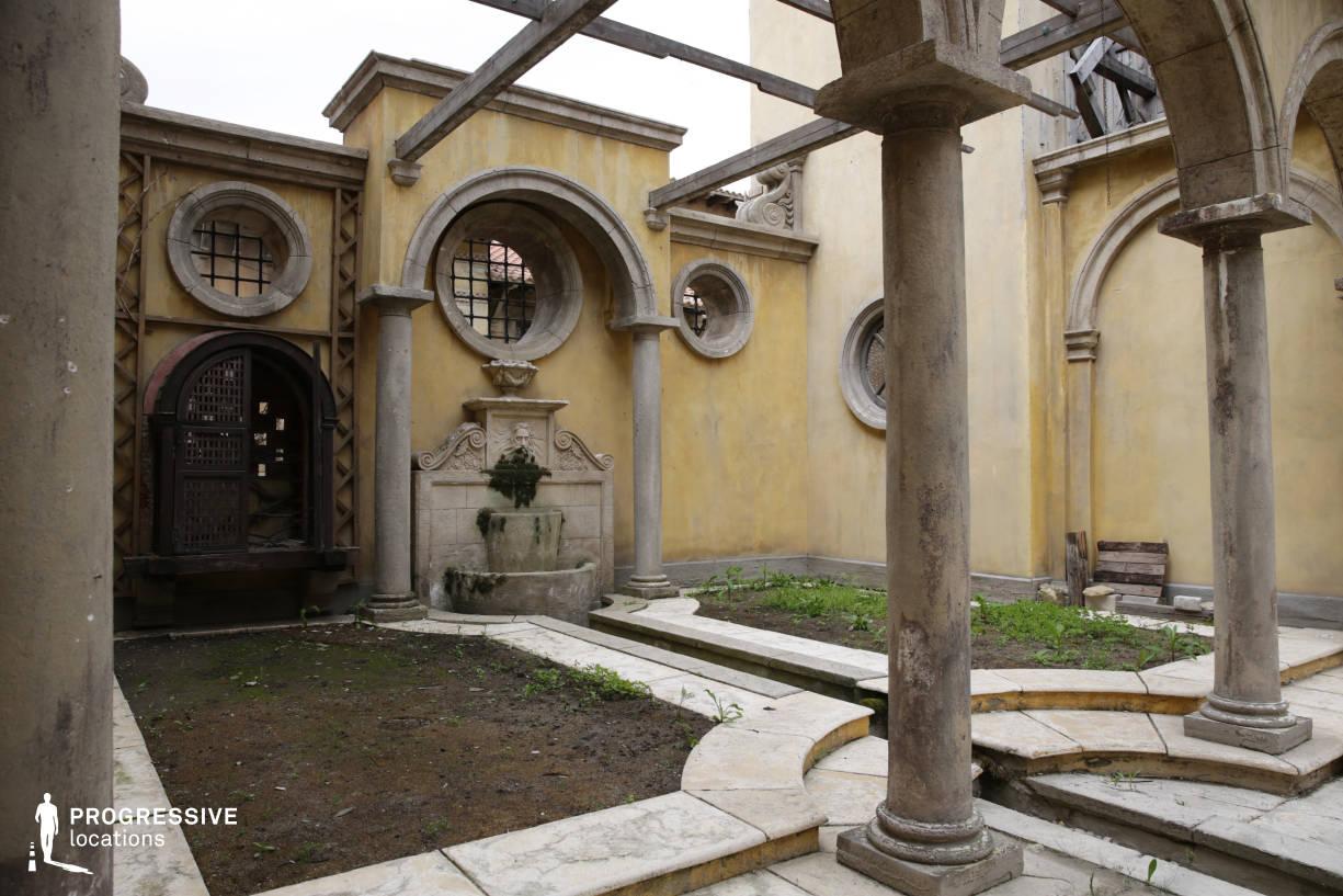 Renaissance City Backlot: Courtyard %26 Garden Fountain (Detail)