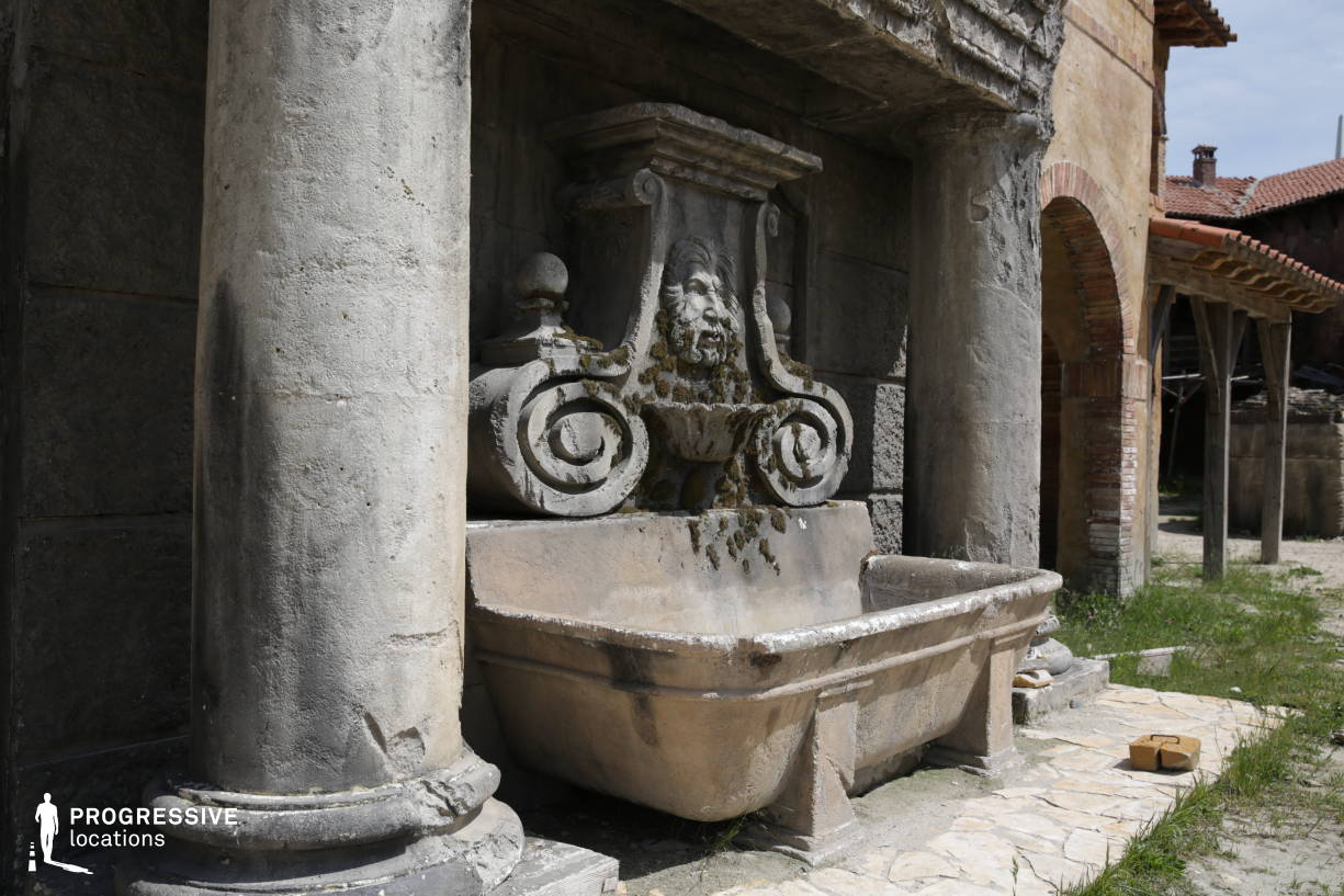 Renaissance City Backlot: Fountain (Detail)