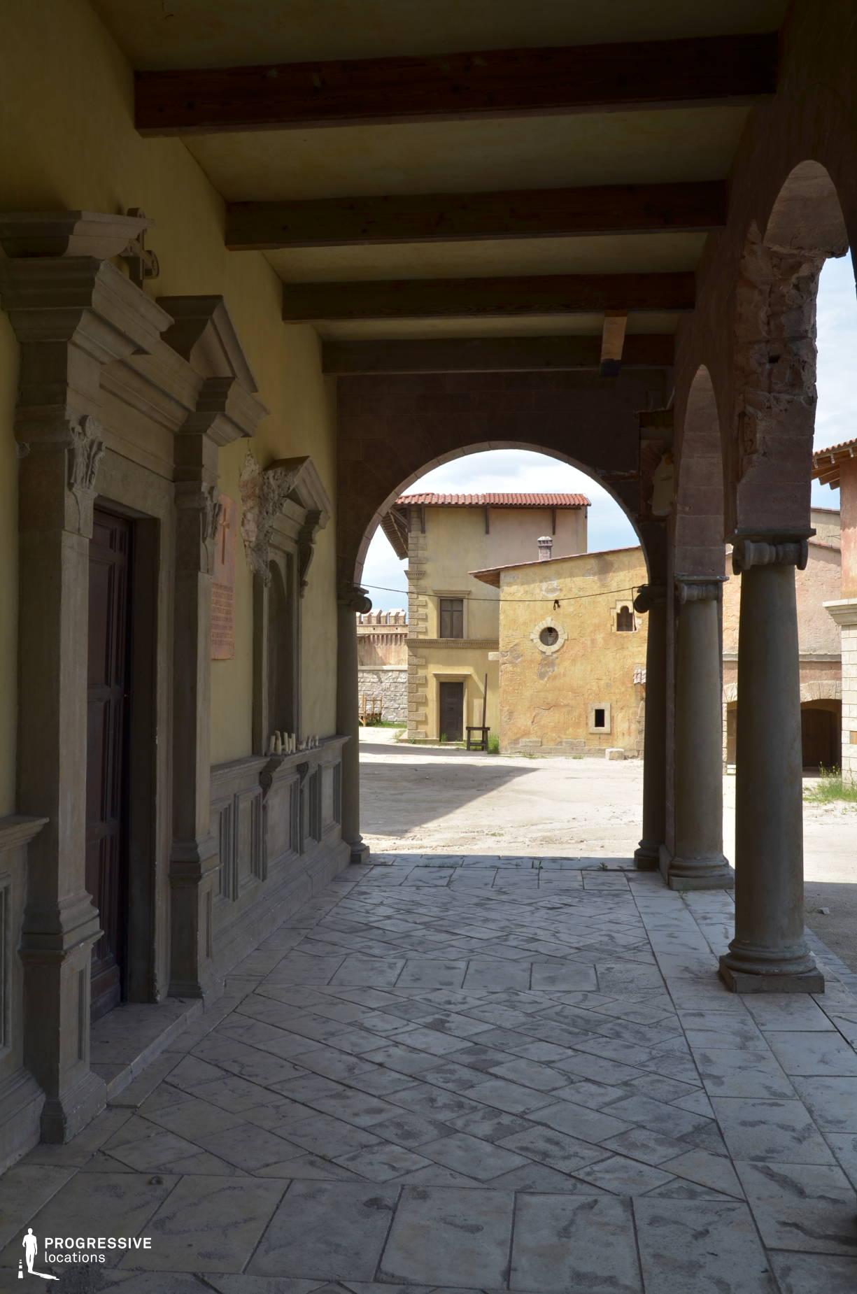 Renaissance City Backlot: Arcade Loggia %26 Entrance