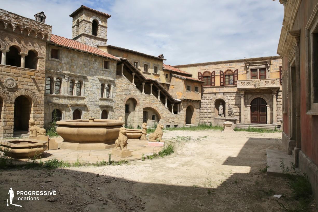 Renaissance City Backlot: Palatial Square %26 Fountain