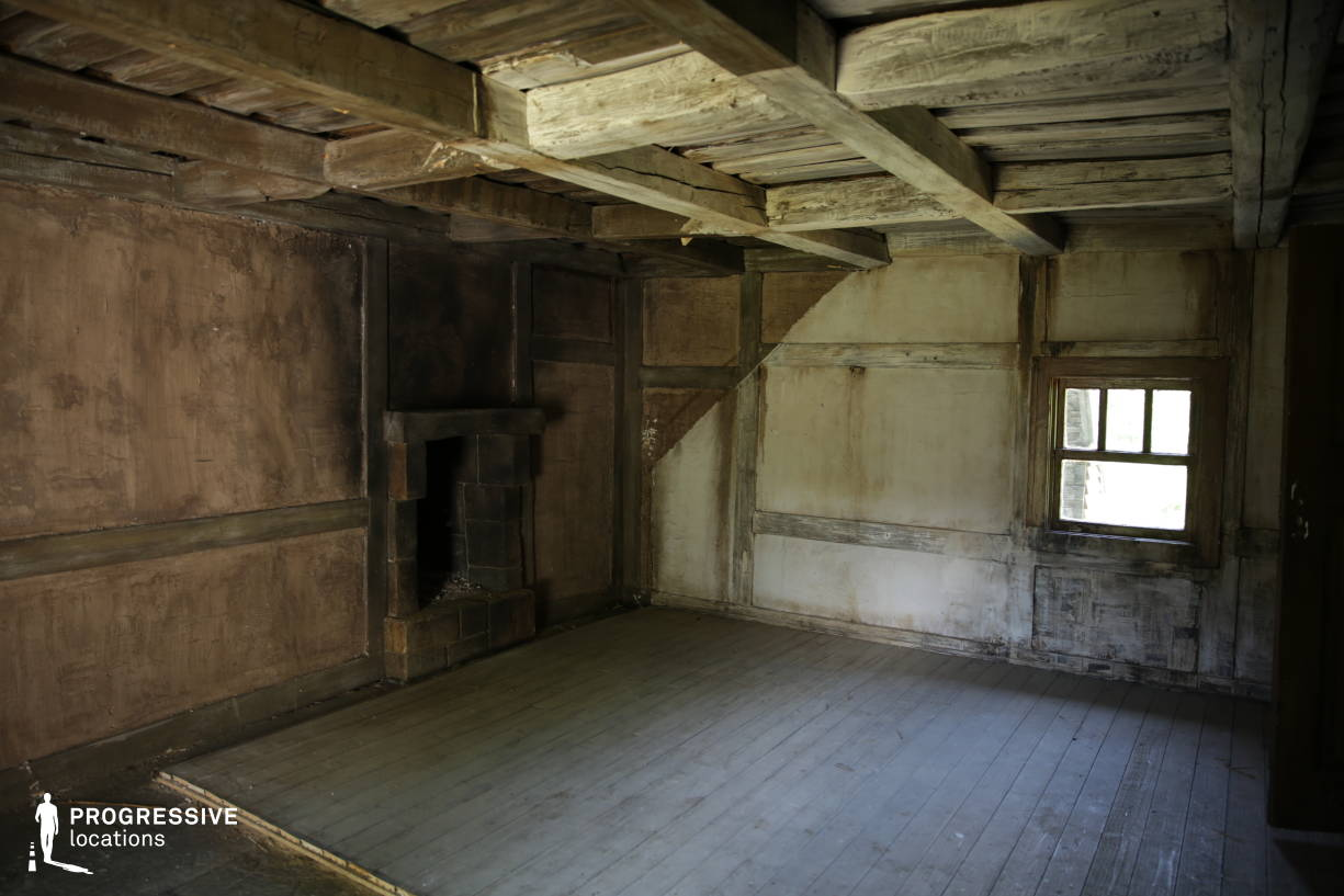 Western Town Backlot: Wooden House Interior %26 Fireplace
