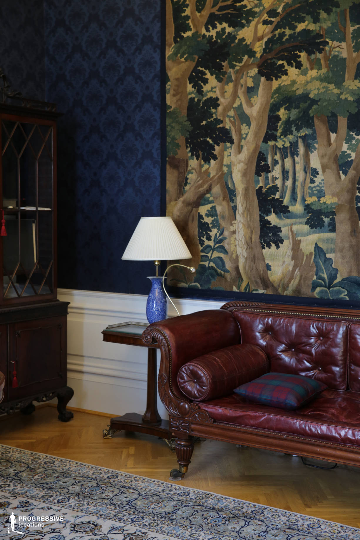 Locations in Budapest: Blue Room with Gobelin