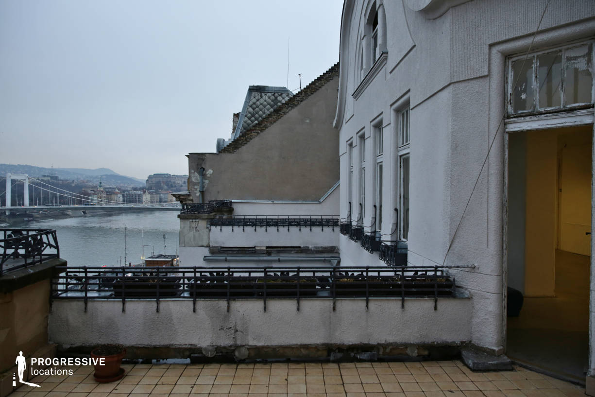 Locations in Budapest: Terrace Overlooking Danube