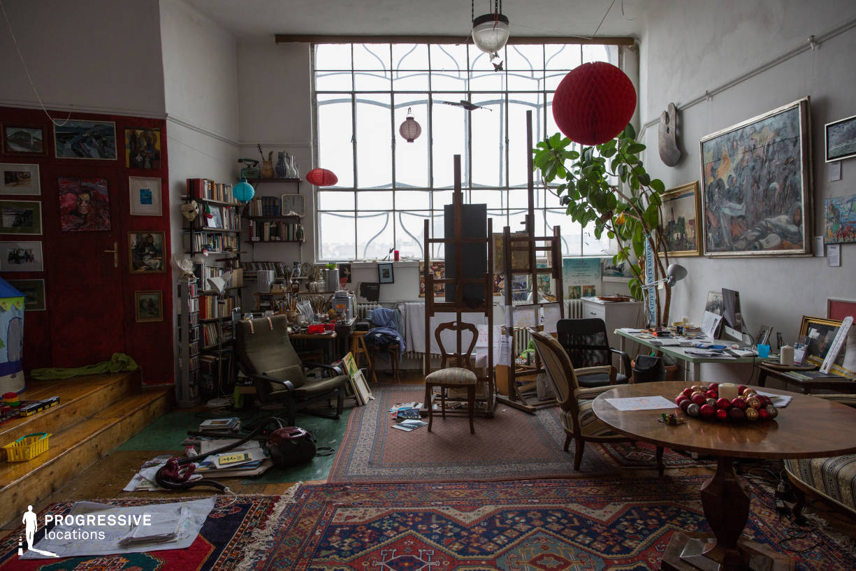 Locations in Budapest: Painter Studio with Windows