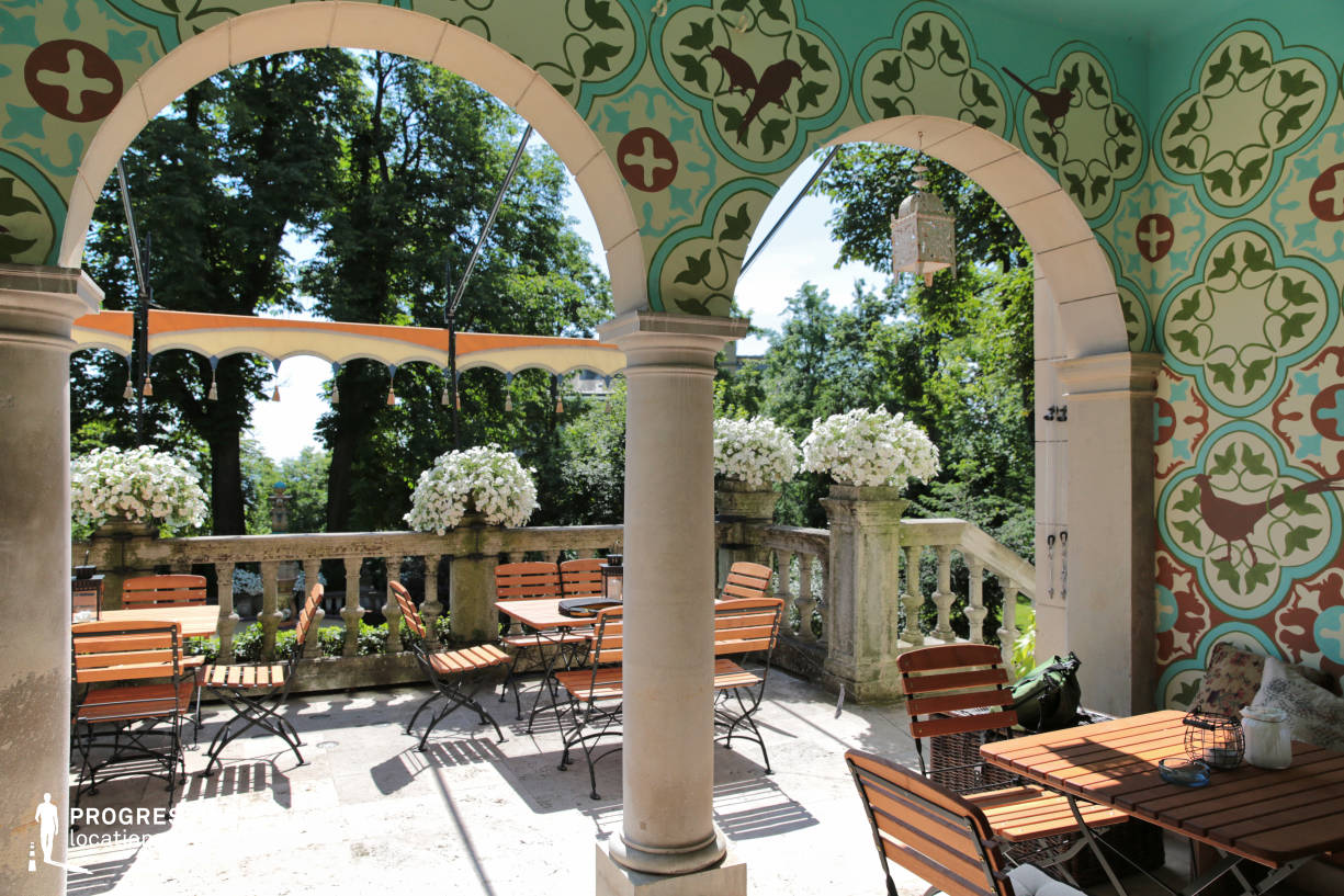 Locations in Budapest: Villa Terrace