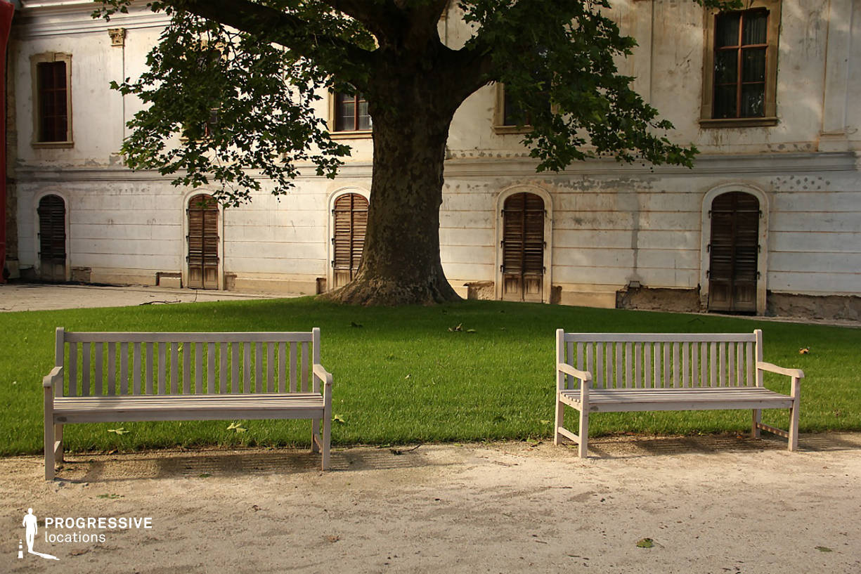 Locations in Hungary: Godollo Garden Benches