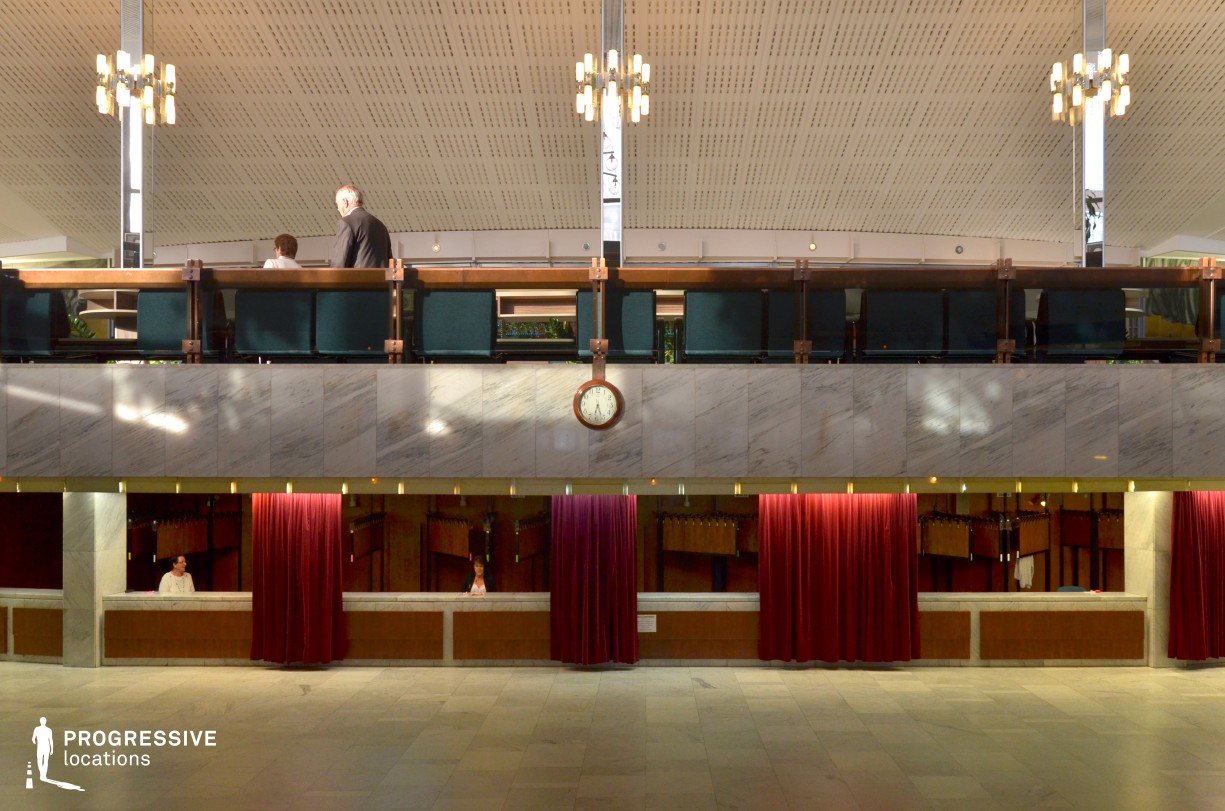 Locations in Hungary: Cloakroom, Gyor, National Theatre
