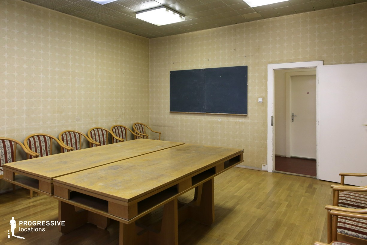 Locations in Budapest: Meeting Room, Metalworkers Union