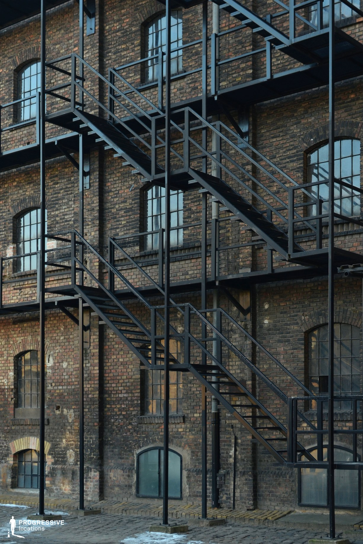 Locations in Budapest: Fire Escape Ladders
