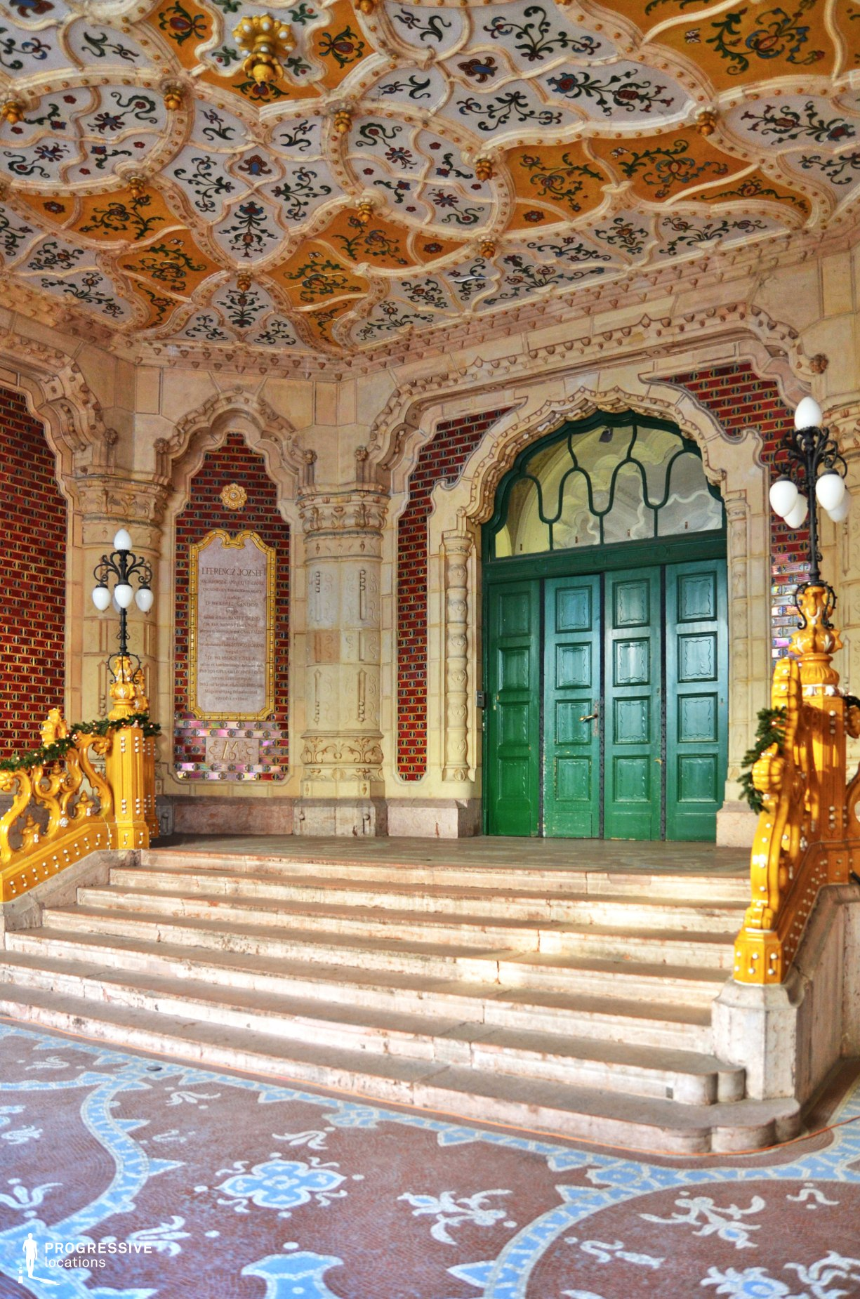 Locations in Budapest: Applied Arts Museum Entrance