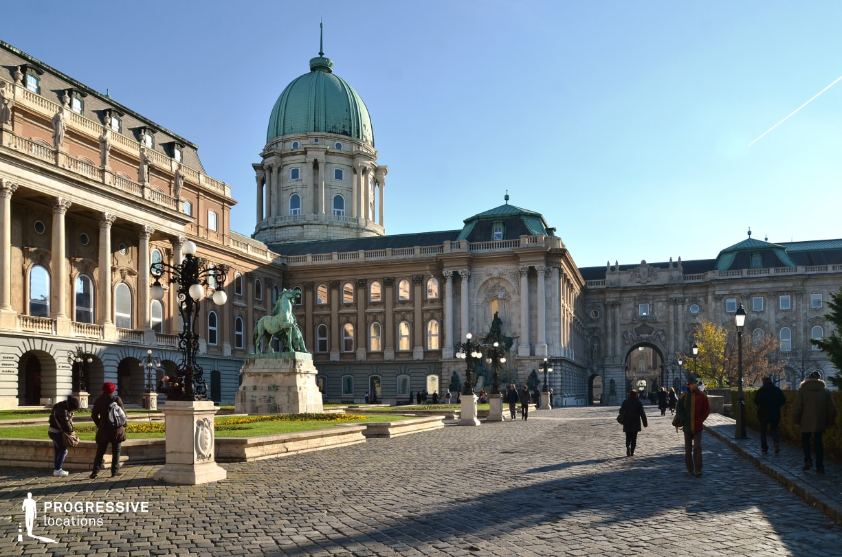Locations in Budapest: Buda Castle Square