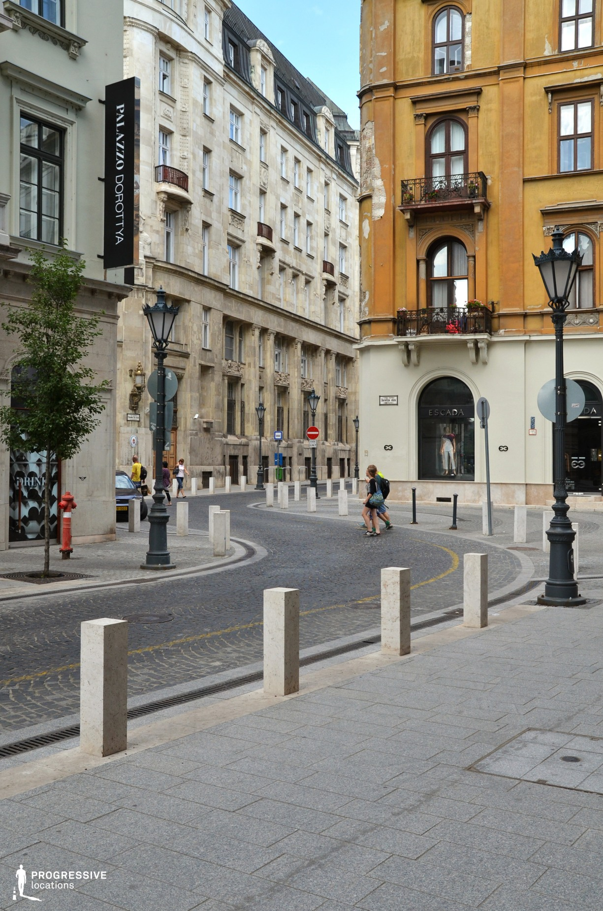 Locations in Budapest: Curvy Downtown Street