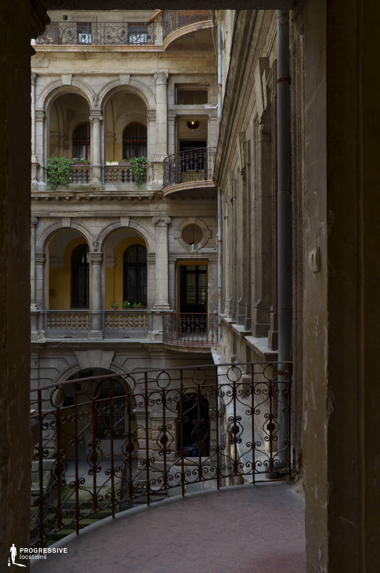 Locations in Budapest: Andrassy Street Courtyard (Spot)