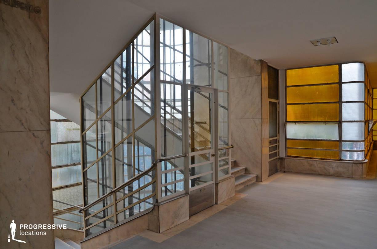 Locations in Budapest: Bauhaus Elevator