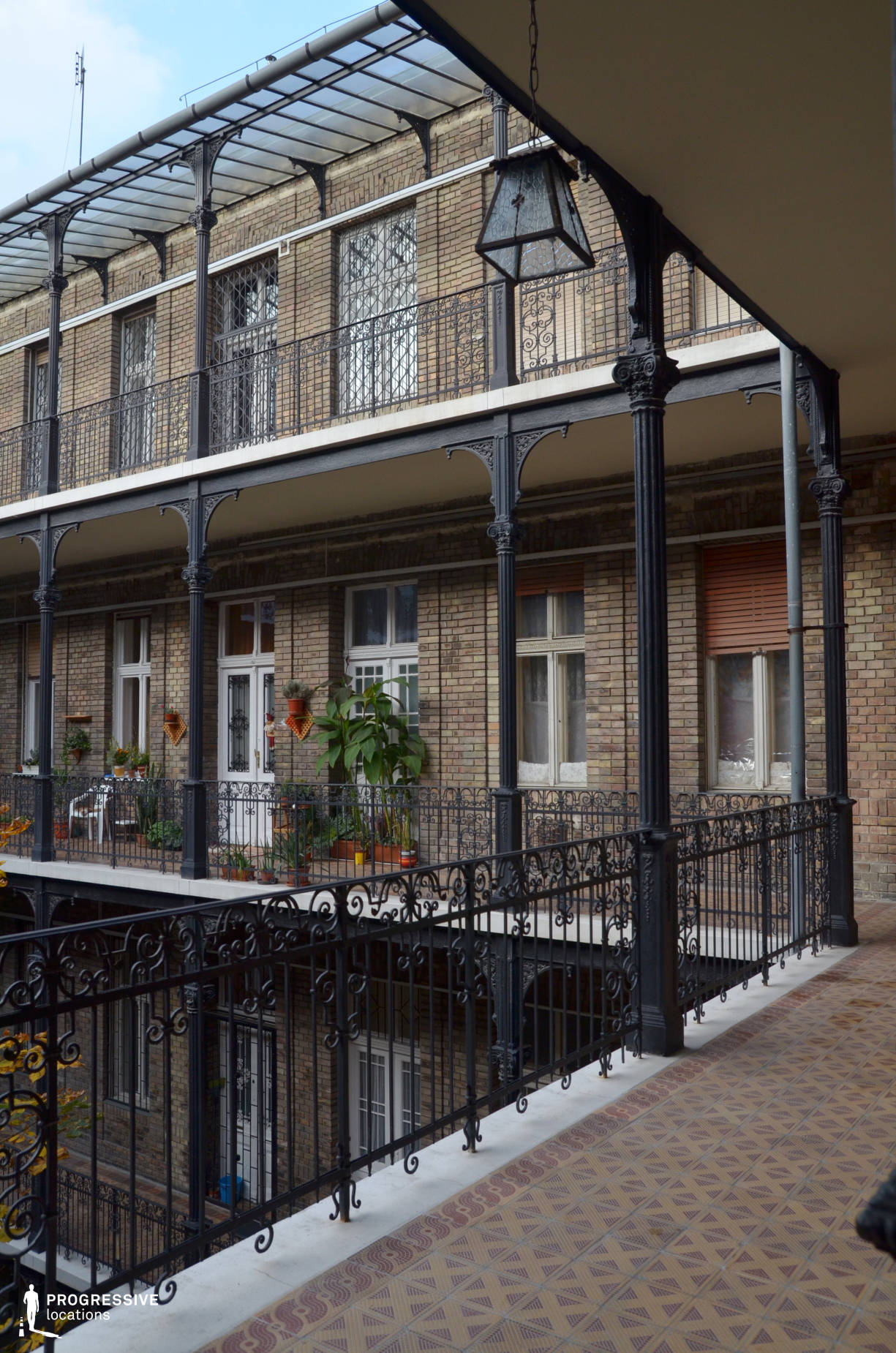 Locations in Budapest: Cast Iron Courtyard, Vaci Street