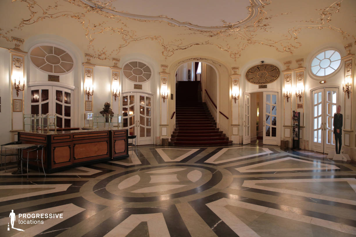 Locations in Hungary: Entrance Hall, Vig Theater