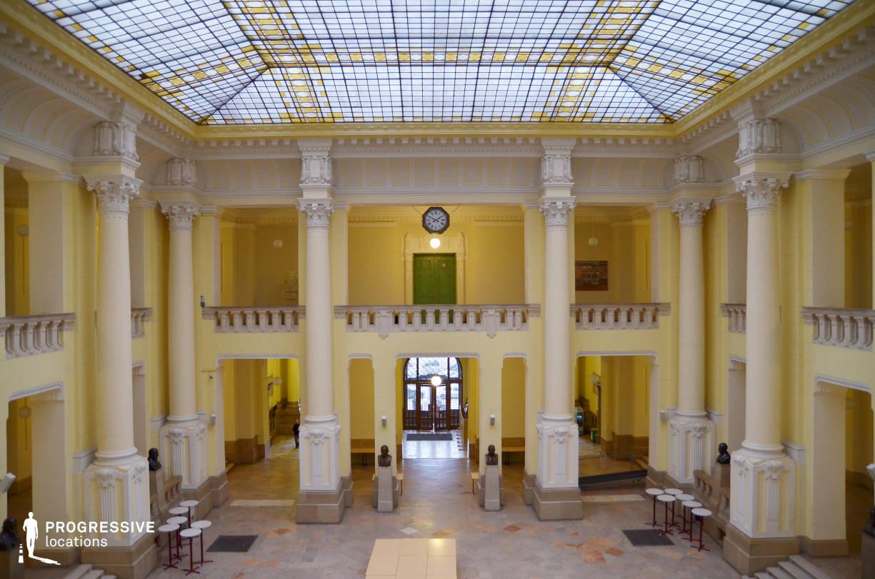 Locations in Hungary: Aula %26 Glass Ceiling, University Of Economiccs