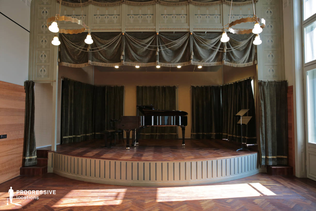 Locations in Hungary: Stage, Chamber Music Room, Liszt Academy