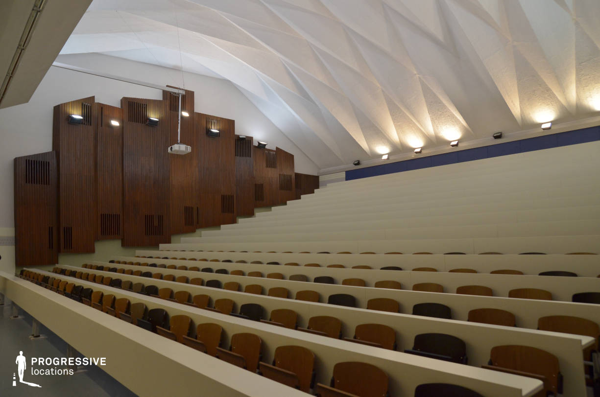 Locations in Hungary: Lecture Hall, University Of Economics