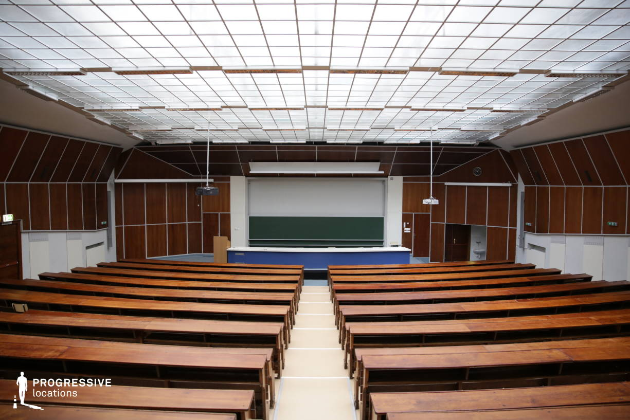 Locations in Hungary: Main Auditorium %26 Glass Ceiling