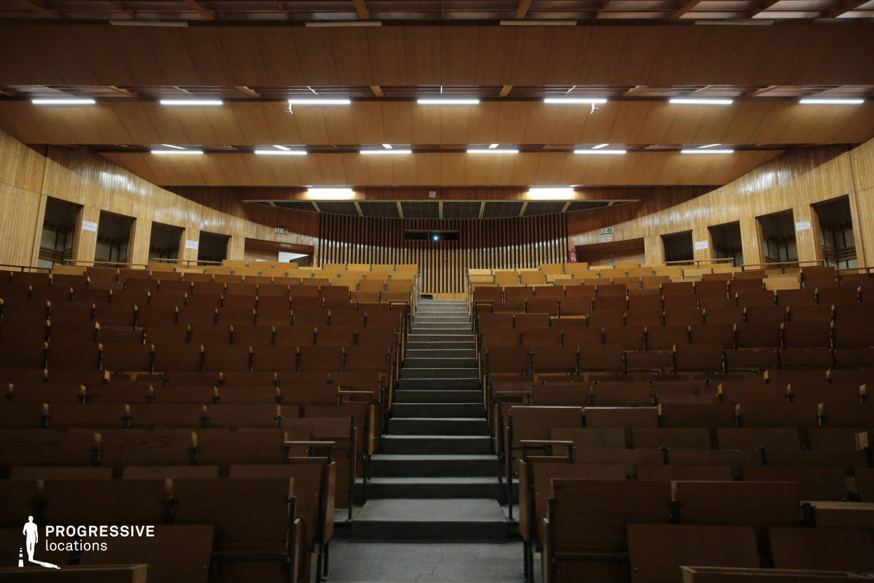 Locations in Hungary: Symmetrical Auditorium, SOTE University