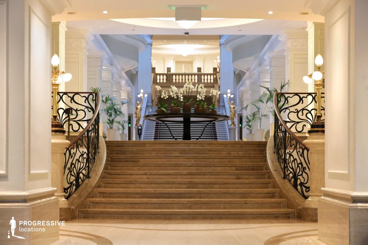 Locations in Hungary: Lobby %26 Entrance, Corinthia