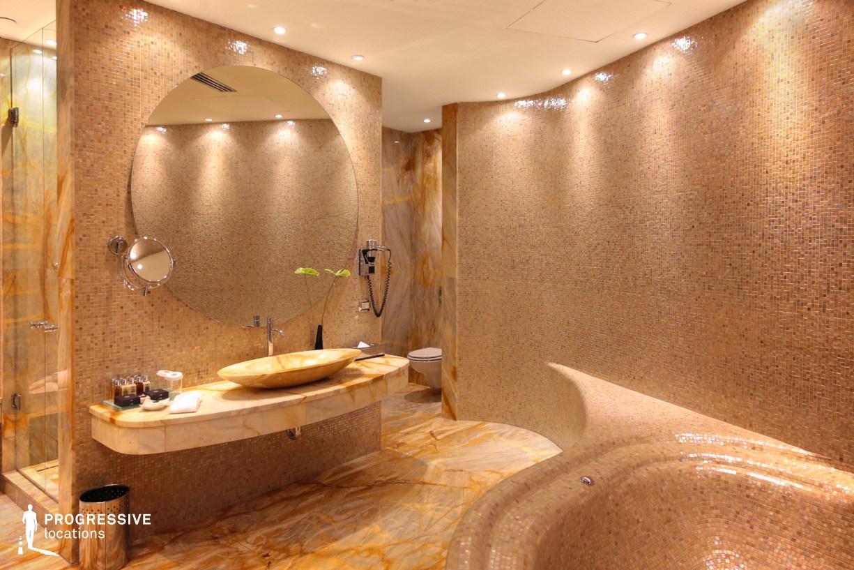Locations in Hungary: Hotel Bathroom, Boscolo