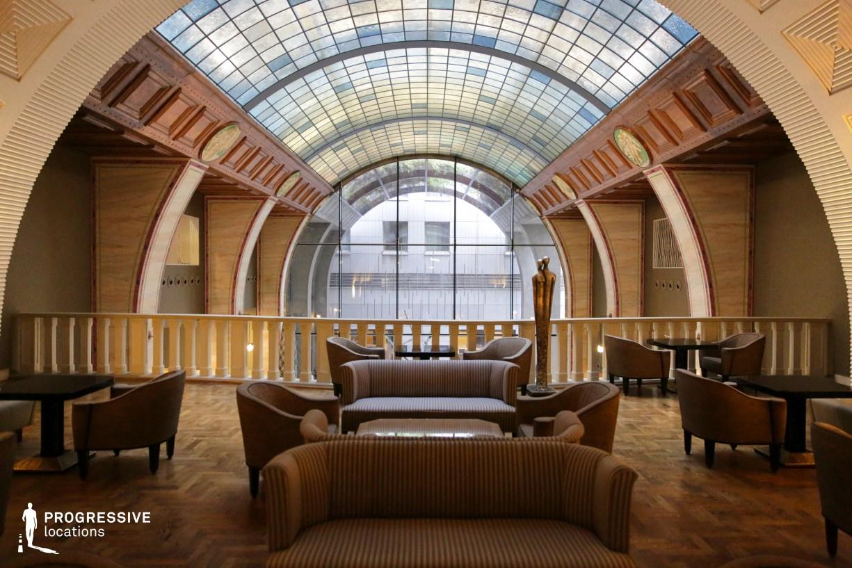 Locations in Hungary: Lobby Gallery, Zara