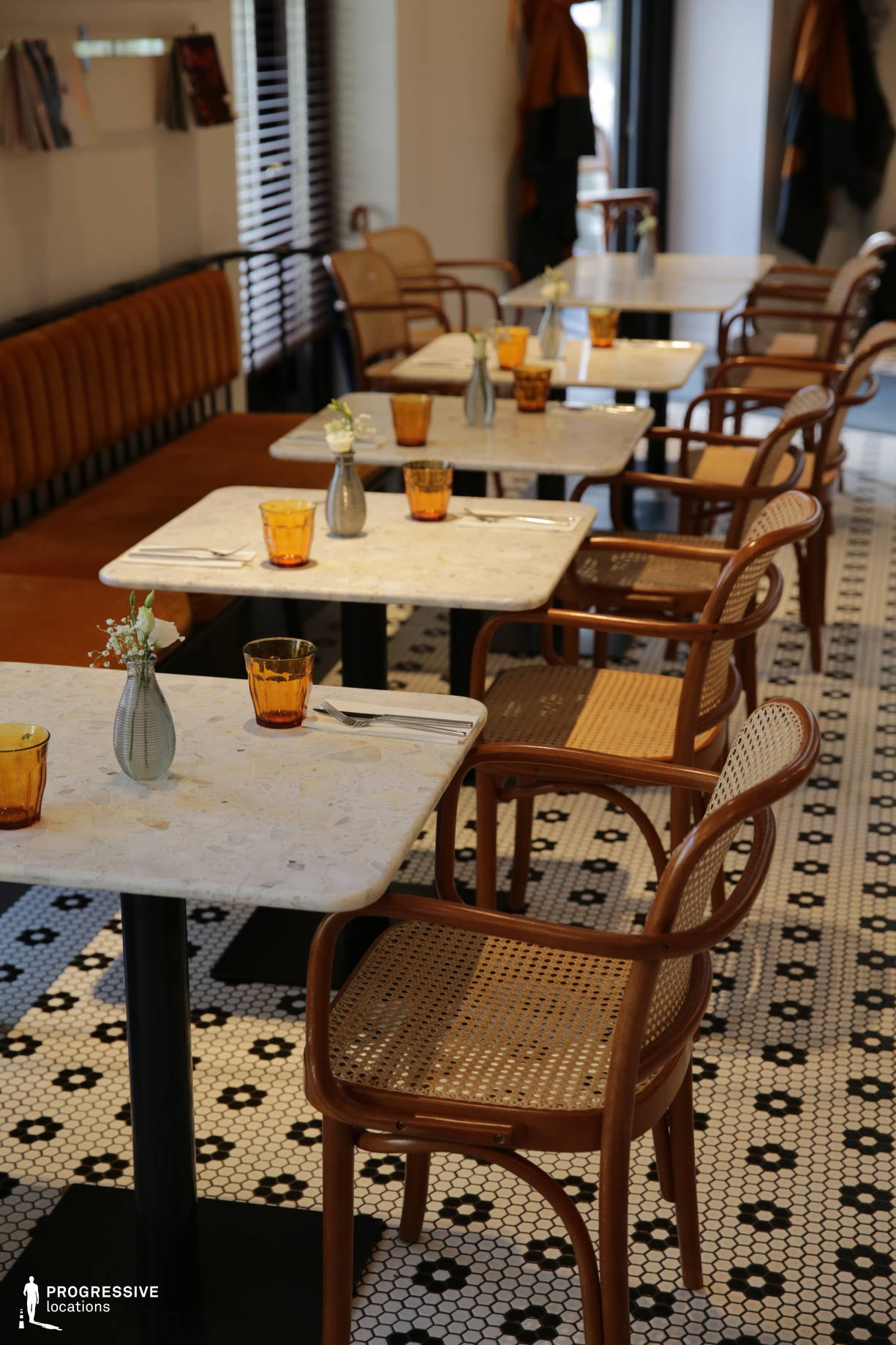 Locations in Hungary: Marble Tables, Cafe Liberte