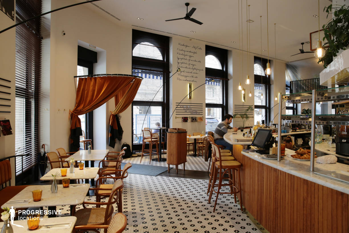Locations in Hungary: Liberte Paris Style Cafe