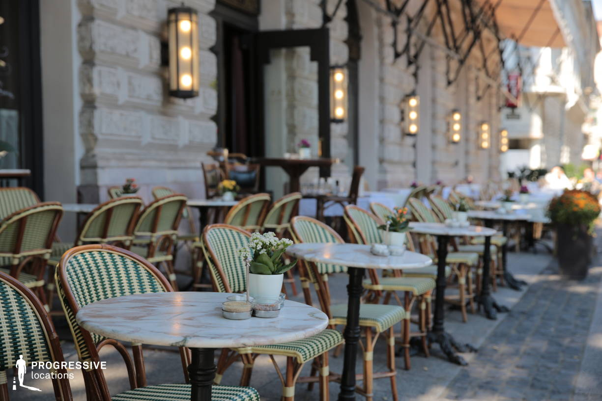 Locations in Hungary: Terrace with Marble Tables, Callas Cafe
