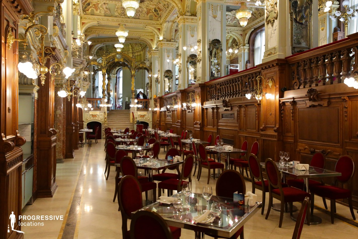 Locations in Hungary: Baroque Hall, New York Cafe