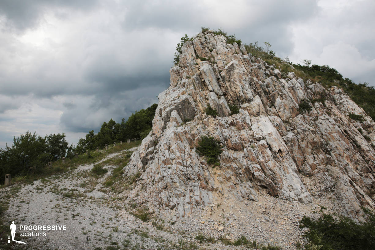 Locations in Hungary: Rock %26 Curve, Belapat