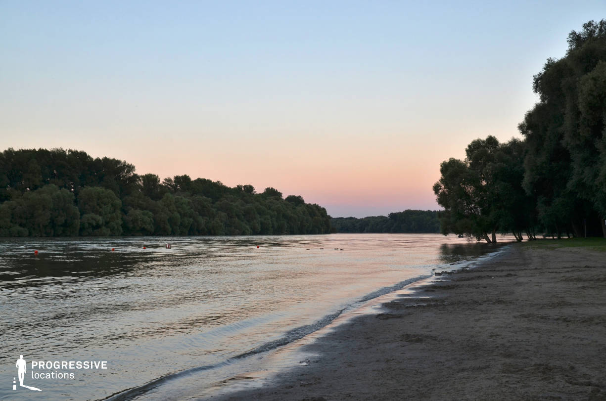 Locations in Hungary: River Danube, Shore (Sunset)