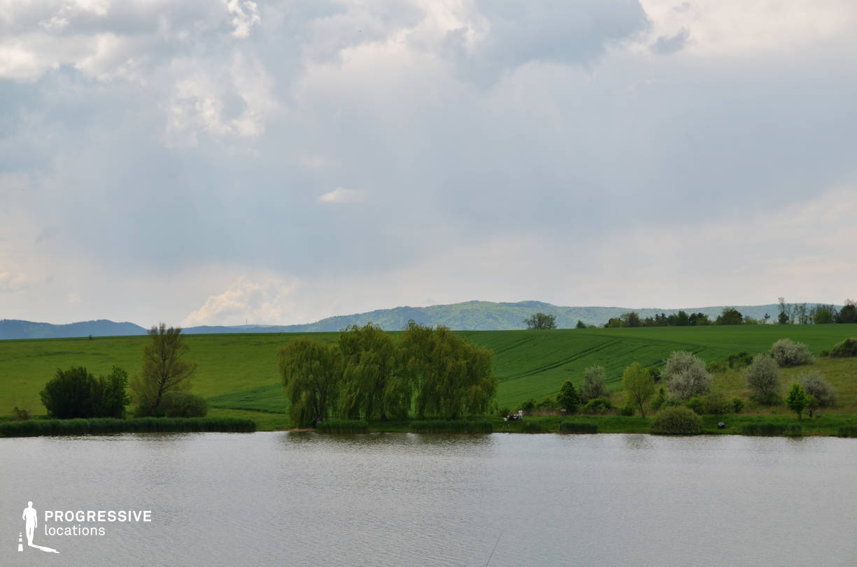 Locations in Hungary: Fishing Lake %26 Fields, Hatarret