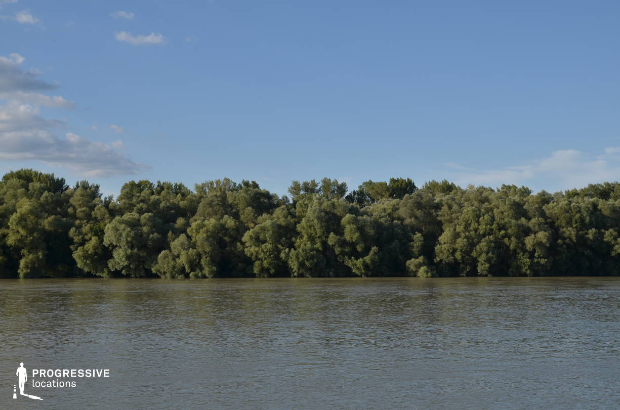 Locations in Hungary: Forest %26 Floodplain, River Danube