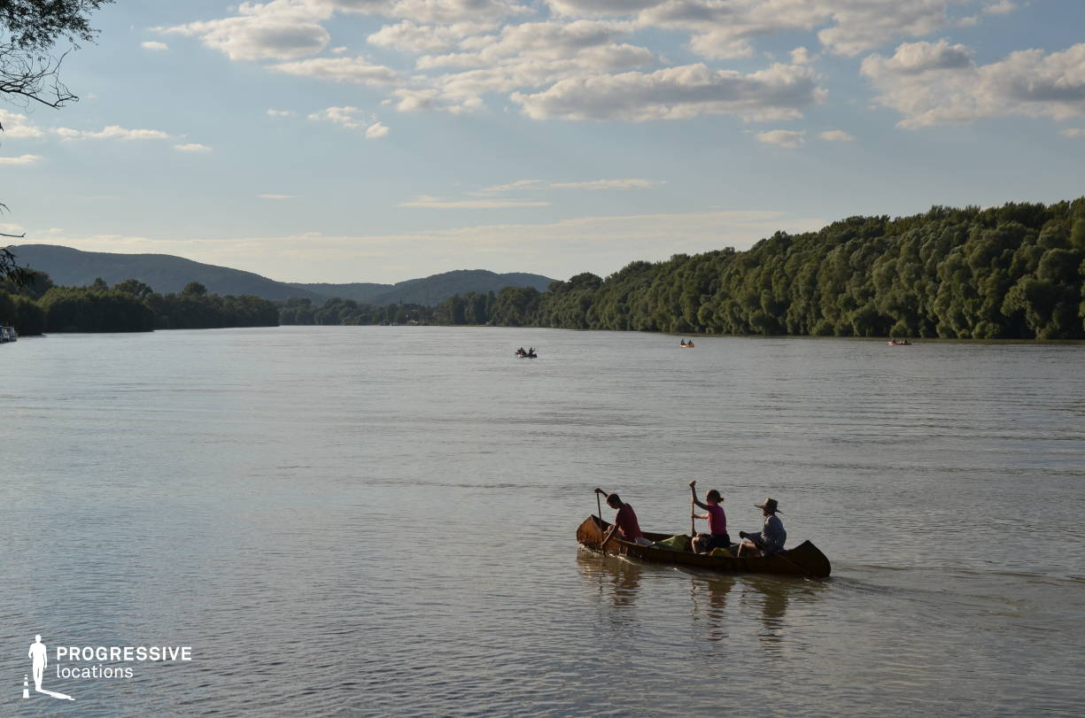 Locations in Hungary: Canoeing, River Danube