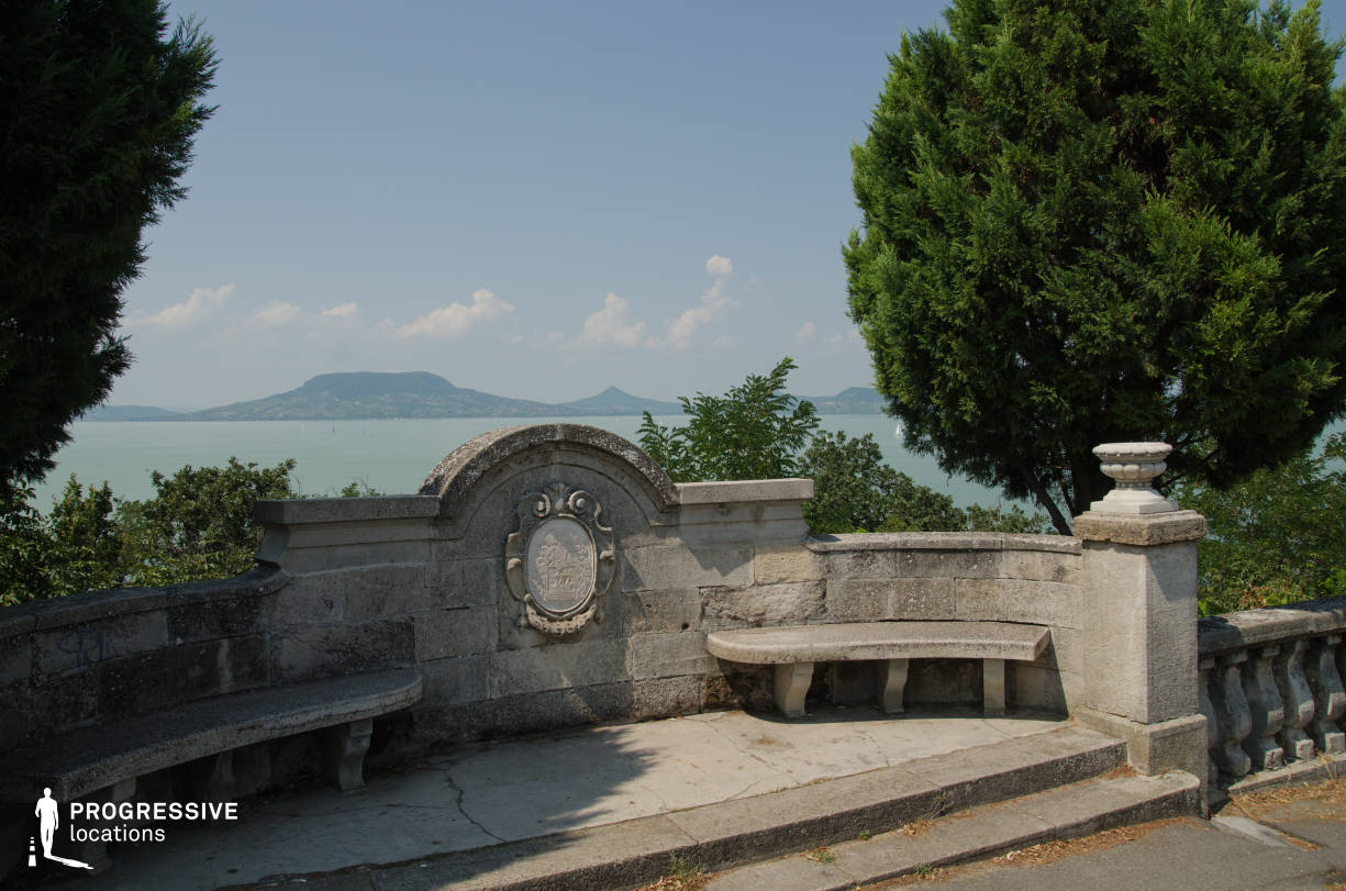 Locations in Hungary: Concrete Bench, Fonyod