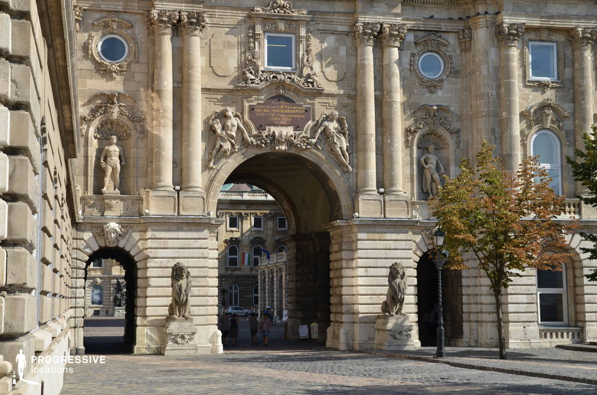 Locations in Hungary: Buda Castle, Lions Gate %26 Arcade