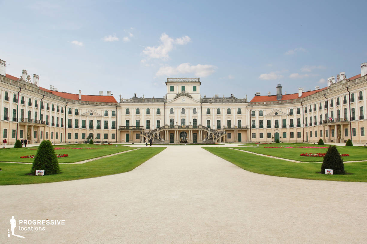 Locations in Hungary: Esterhazy Palace, Court