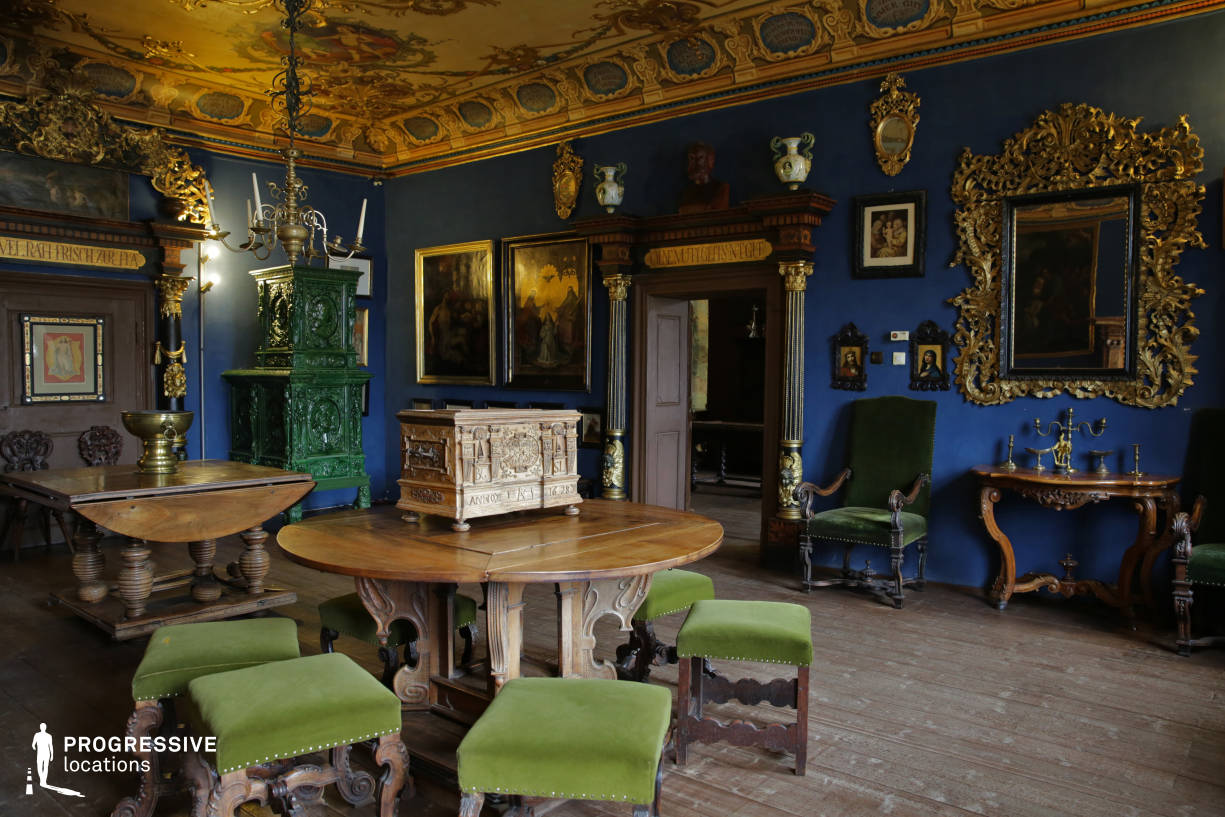 Locations in Hungary: Blue Room, Storno House