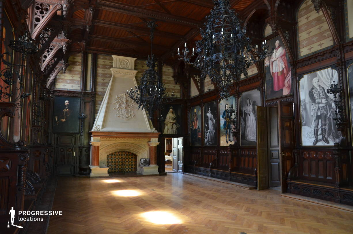 Locations in Hungary: Knights Hall %26 Fireplace, Nadasladany Castle