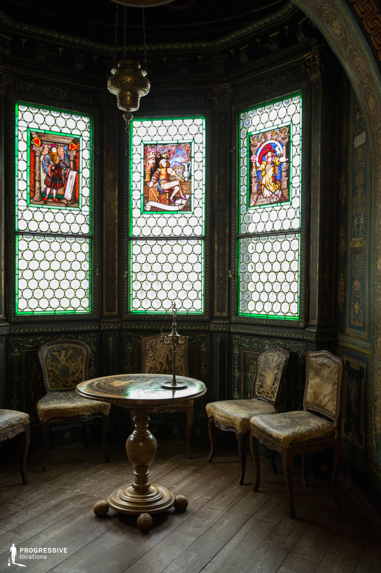 Locations in Hungary: Ornate Room (Detial), Storno House