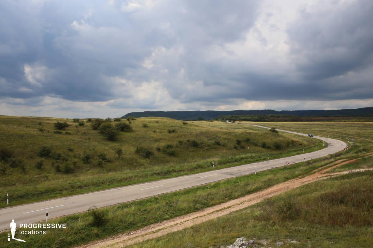 Locations in Hungary: Panorama %26 Road, Csakbereny