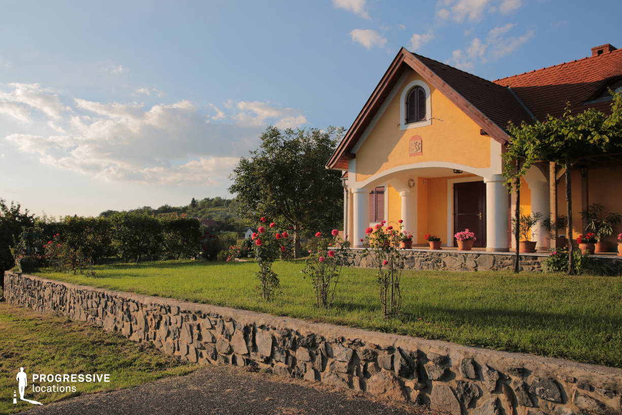 Locations in Hungary: Countryside Home, Balaton