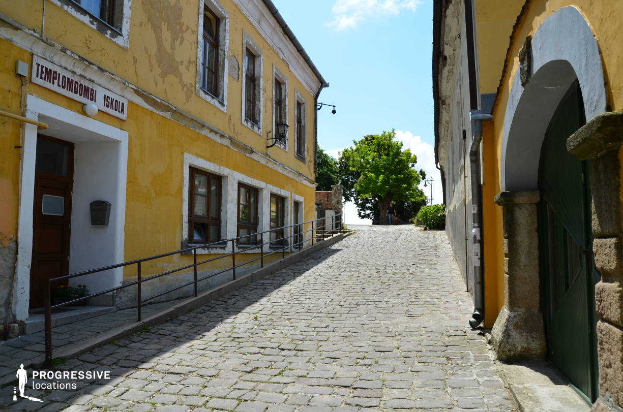 Locations in Hungary: Cobblestone Street, Szentendre