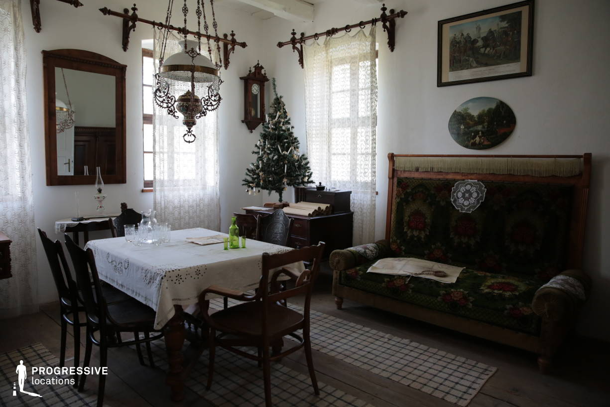 Locations in Hungary: Village House Interior